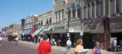 Main Street, pre crowds