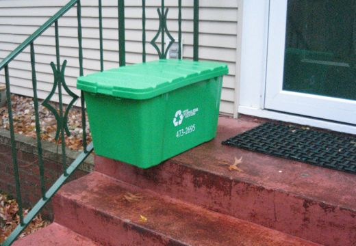 A nice bin on a crummy doorstep.